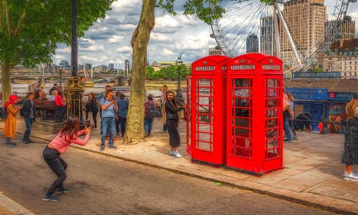 Красные телефонные будки Лондона