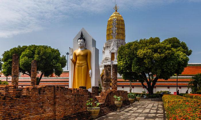 Храм Пхра Шри Раттана Махатхат (Пхитсанулок)