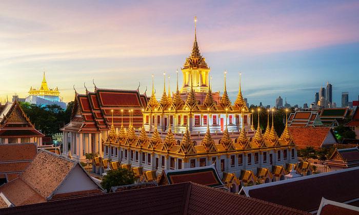 Храм Ват-Ратчанадда в Бангкоке