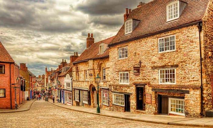 Улицы города Линкольн в Англии