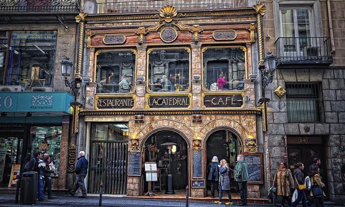 Ресторан-кафе La Catedral в Мадриде