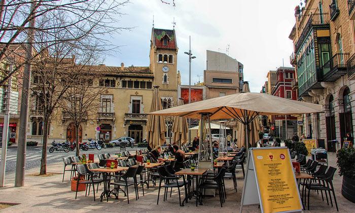 Уличное кафе Барселоны