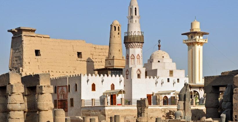 Мечеть Абул-Хаггага внутри Луксорского храма
