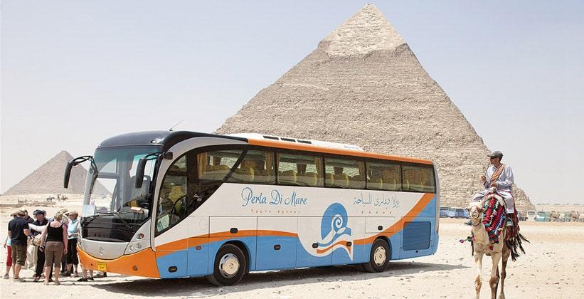 Туристический автобус Египта