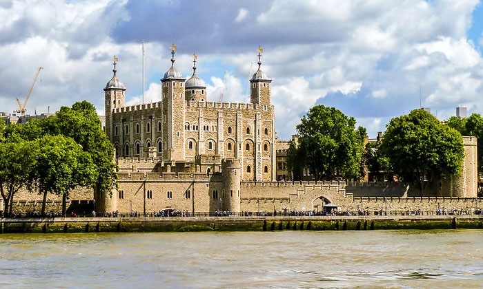 Белая башня Тауэра в Лондоне