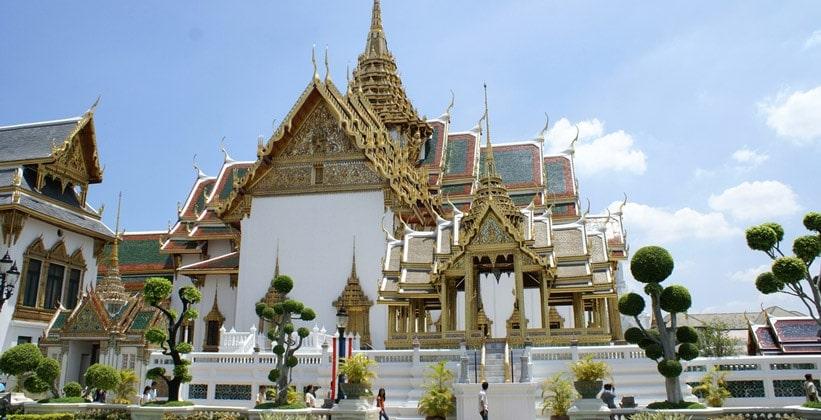 Небесный дворец (Dusit Maha Prasat)