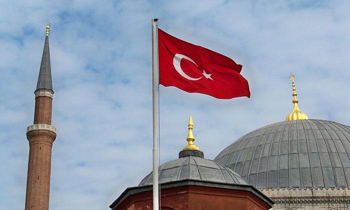 Флаг Турции (Стамбул)
