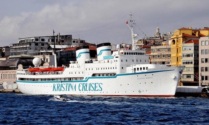 Круизное судно «Kristina Regina» в Стамбуле