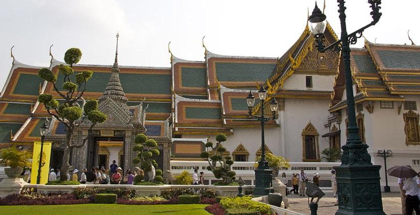 Бывшая резиденция королей (Phra Maha Monthien)