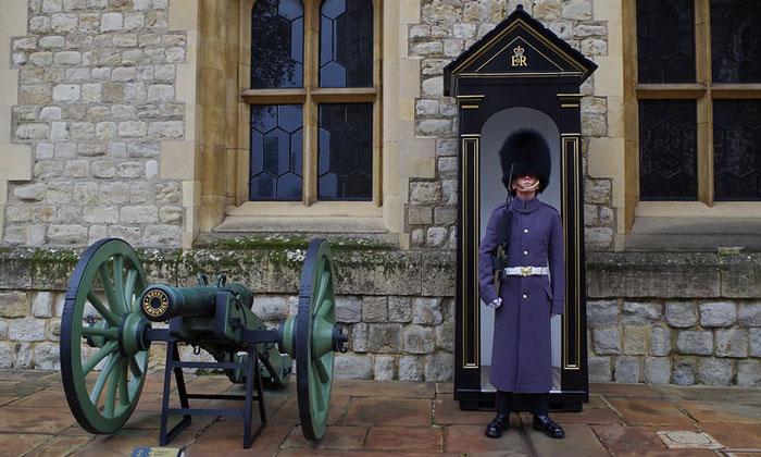 Почётный караул Тауэра в Лондоне