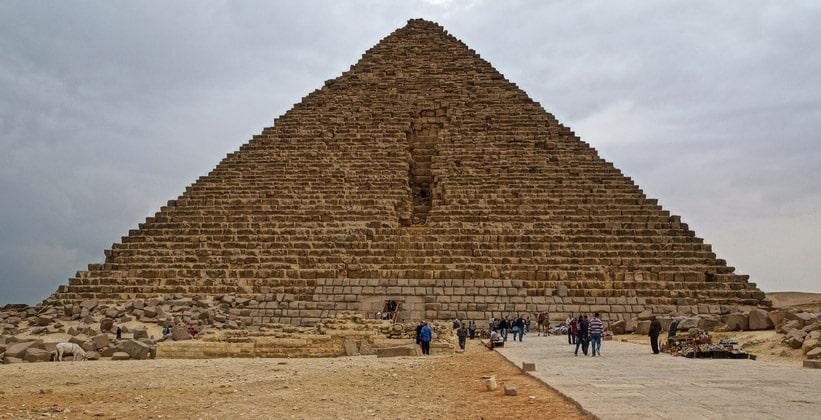 Пирамида Микерина (Менкаура)