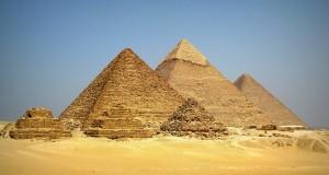 Пирамиды в Гизе (Египет)