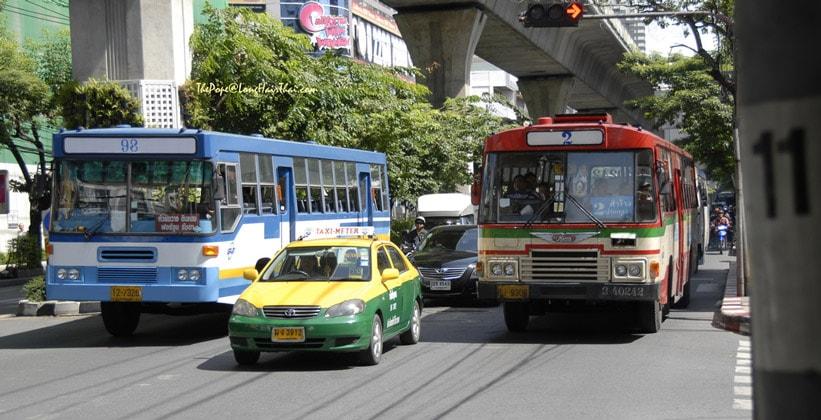 Такси и муниципальные автобусы Бангкока
