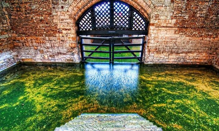 Ворота изменников в Тауэре Лондона