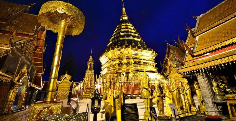 Храмовый комплекс Wat Phra That Doi Suthep в Чиангмае