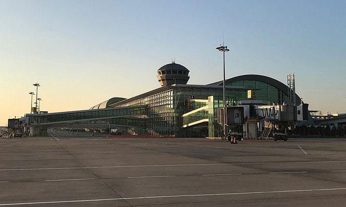 Аэропорт Аднана Мендереса в Измире