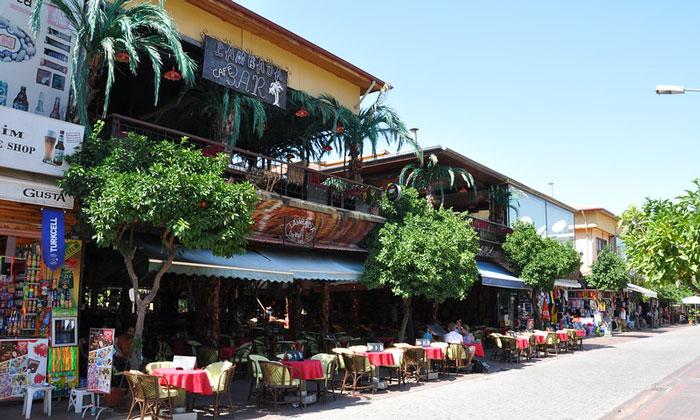 Бар «Lambada» в Аланье