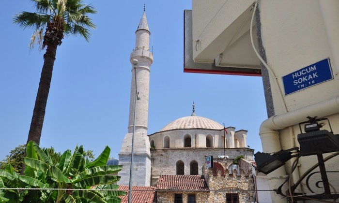 Городская мечеть Кушадасы