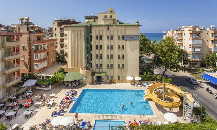 Отель «Kleopatra Beach» в Аланье