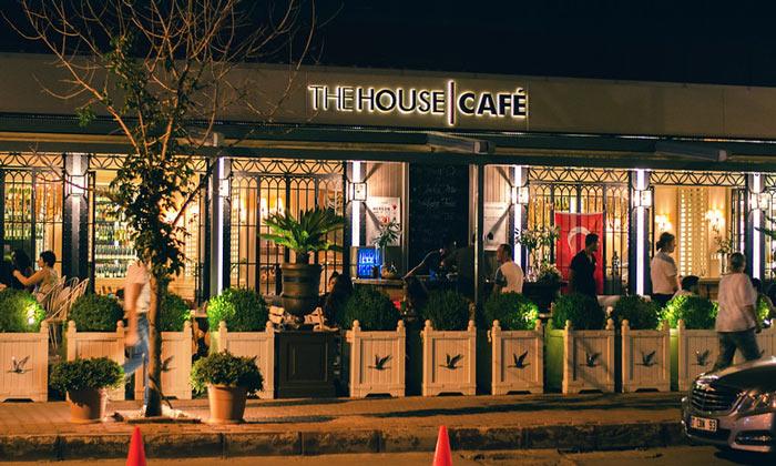 Кафе «The House» в Анталии