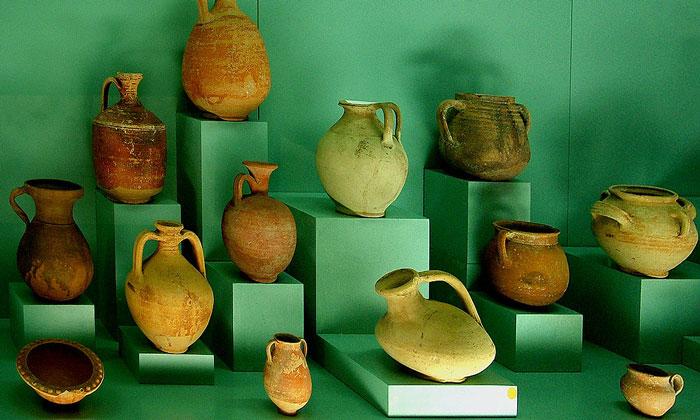 Керамика эпохи неолита музея Анталии