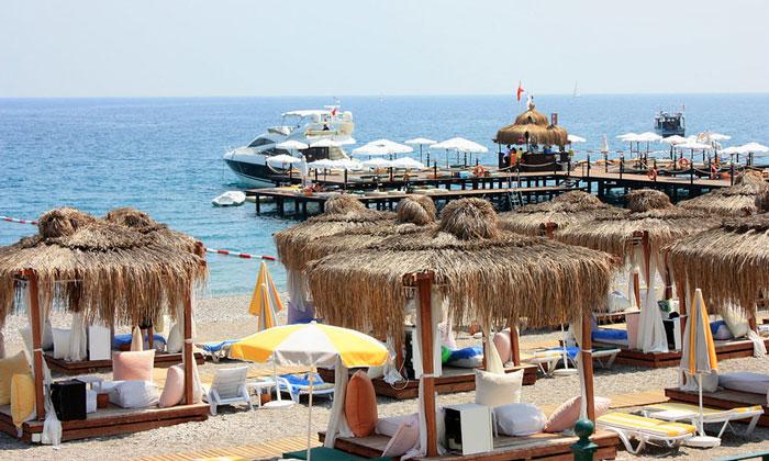 Курортный Кемер в Турции