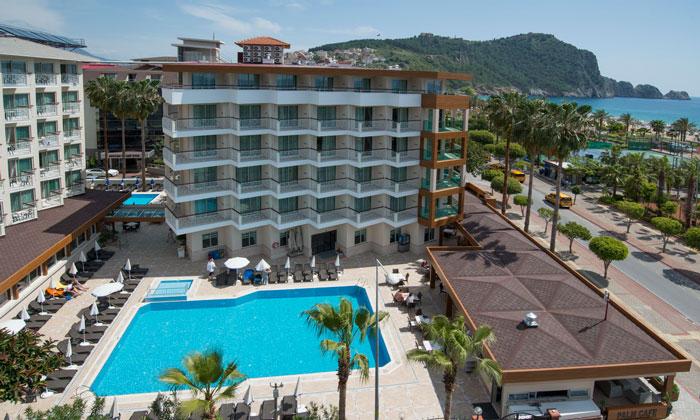Спа-отель «Riviera» в Аланье
