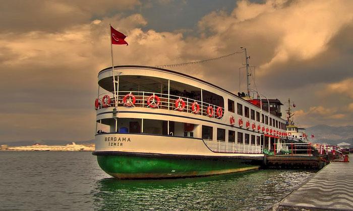Теплоход Бергама-Измир
