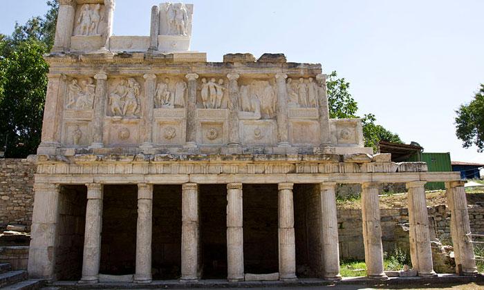 Руины Себастеона Афродисии