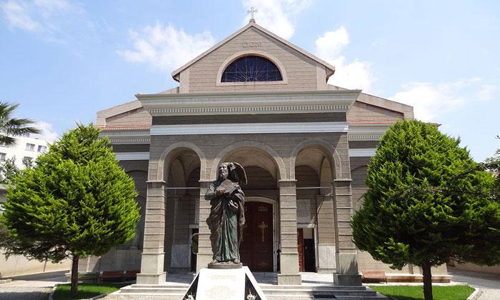 Собор Иоанна Богослова в Измире