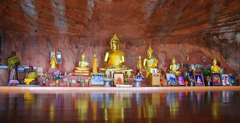 Статуи Будды (Ват Пху Ток)