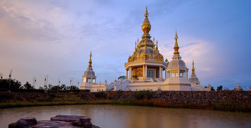 Храм Thung Setthi (Северо-восточный Таиланд)