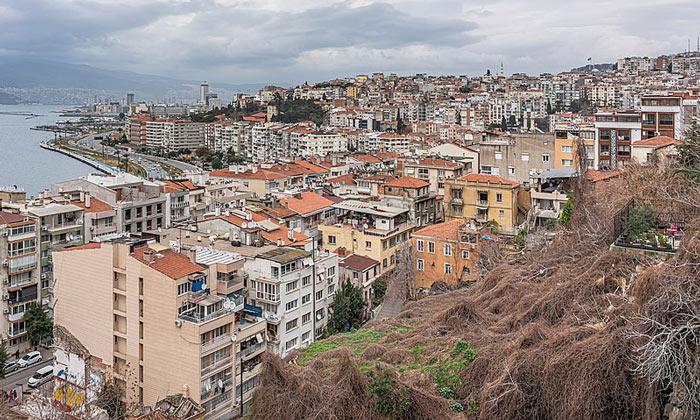 Город Измир в Турции
