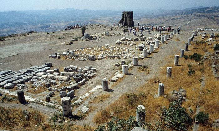 Храм Афины Пергама