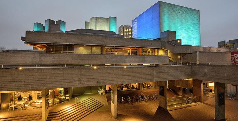 Национальный театр Лондона