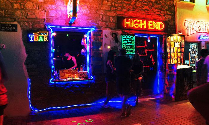 Ночной бар «High End» в Мармарисе