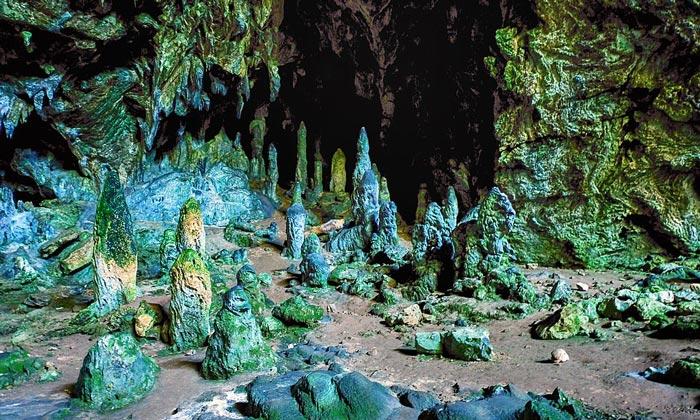 Пещера Нимара (Райский остров)