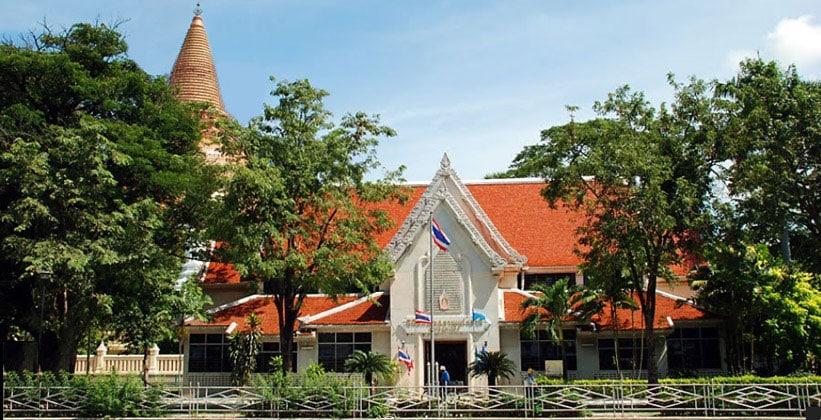 Национальный музей чеди Пхра Патхом в Таиланде