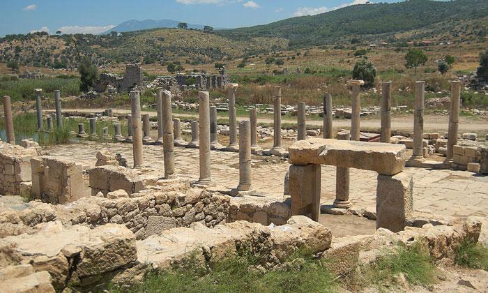 Руины города Патара в Турции
