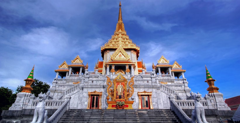 Храм Ват Траймит в Бангкоке