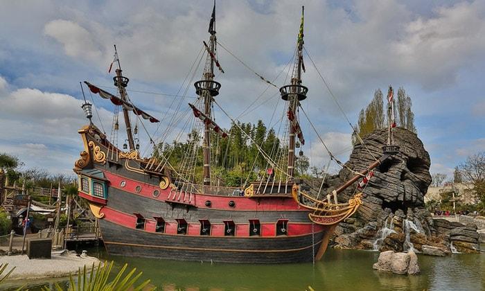 Пираты Карибского моря Парижского Диснейленда