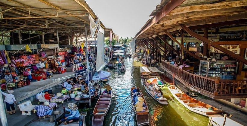 Плавучий рынок городка Ампхава