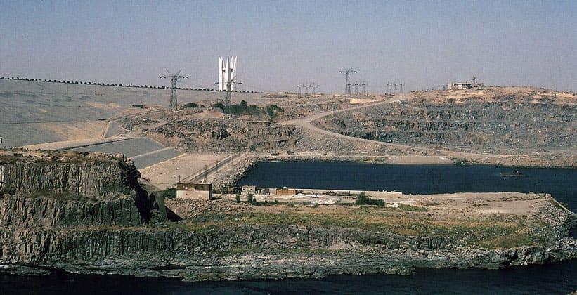 Высотная плотина (Аль-Садд аль-Али)