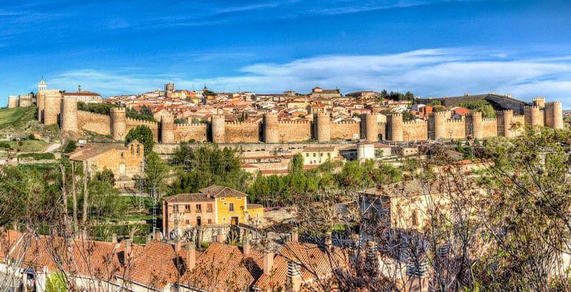 Испанский город Авила