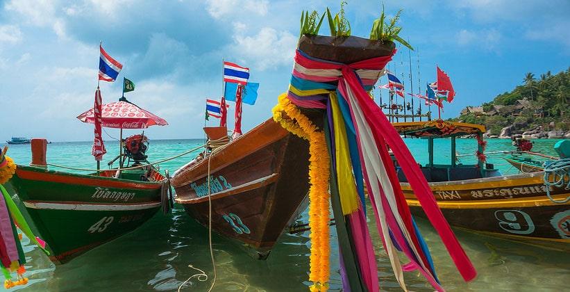 Длиннохвостые лодки на острове Ко Тао