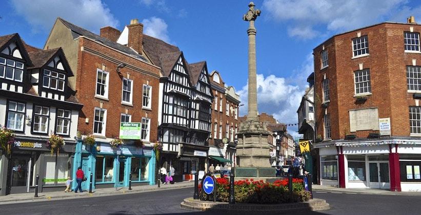 Городок Тьюксбери в Англии