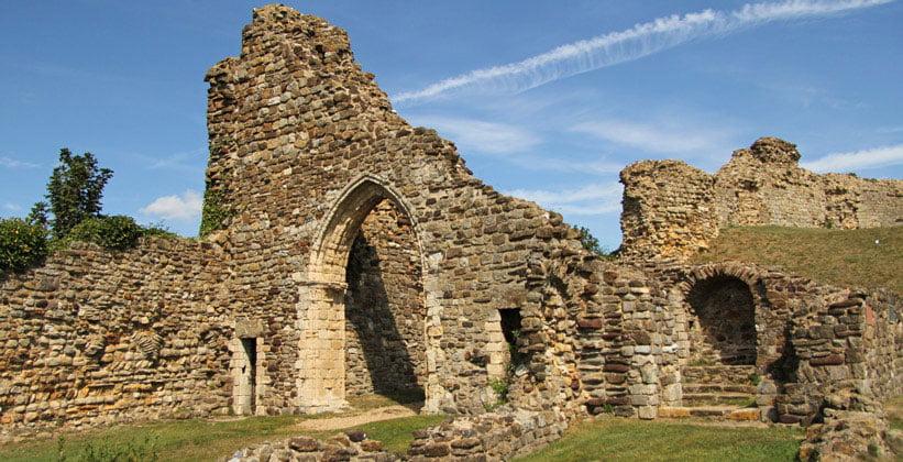 Разрушенный Гастингский замок