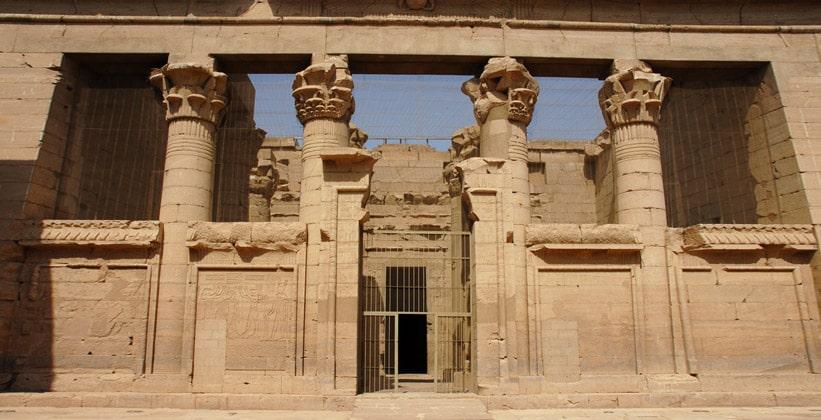 Интерьер храма Мандулиса (Калабша) в Египте