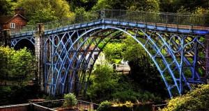 Железный мост через реку Северн в Англии