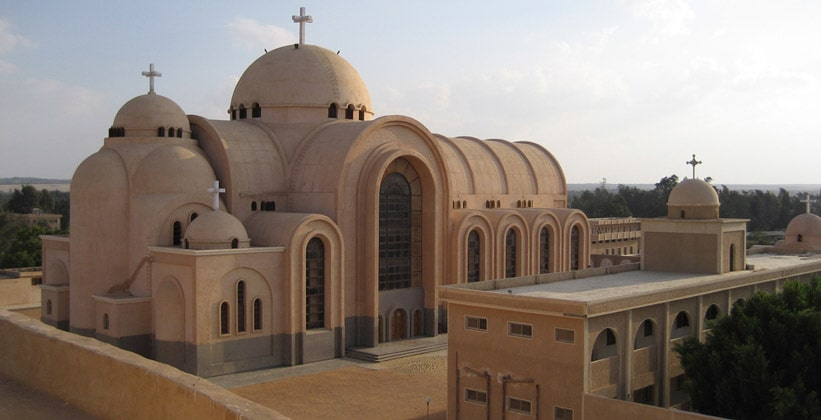 Монастырь Дейр Анба Бишои в Египте